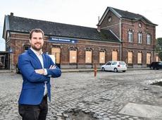 Tomas Roggeman aan Schoonaarde station